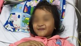Bé gái đã khỏe mạnh và phục hồi sau khi cắt đốt điện sinh lý thành công
