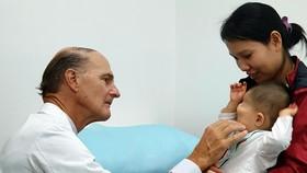 Miễn phí toàn bộ chi phí điều trị cho 16 bé mắc bệnh hiểm nghèo