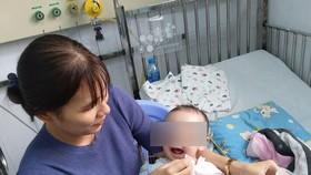 Sau 2 giờ căng thẳng, các bác sĩ đã kiểm soát được cơn nhịp nhanh và bé hồi phục an toàn, không cần phải dùng thuốc.