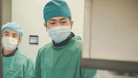 Các bác sĩ đang xử lý túi phình mạch não tránh nguy cơ vỡ, xuất huyết và đột quỵ lần nữa
