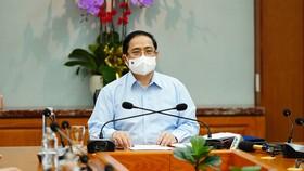 Thủ tướng Chính phủ Phạm Minh Chính: Không vì phát triển kinh tế mà hy sinh sức khỏe của nhân dân