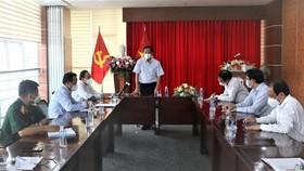 Phó Bí thư Thường trực Thành ủy Phan Văn Mãi phát biểu tại buổi làm việc