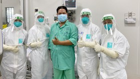 Bệnh nhân P.C.Đ. đã hồi phục, cai ECMO, cai máy thở và đã có kết quả xét nghiệm âm tính lần 1 với SARS-CoV-2