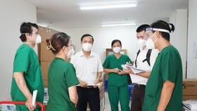 Đoàn công tác Bộ Y tế kiểm tra tại Bệnh viện Dã chiến thu dung và điều trị Covid-19 số 6