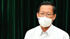 Chủ tịch UBND TPHCM Phan Văn Mãi thông tin tại buổi họp báo