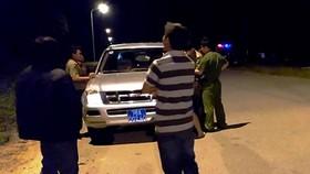 Truy tìm đối tượng tạt axit vào cặp đôi Việt Kiều về quê ăn tết