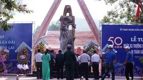 Tượng đài Khu di tích Khánh Giang - Trường Lệ