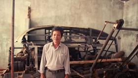 Quảng Ngãi: Nông dân sáng tạo máy bóc vỏ cây keo tự động