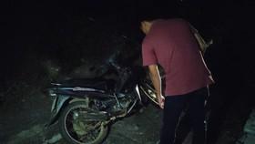 Sau khi trốn trại giam, Triệu Quân Sự đã trộm xe máy để chạy ra phía đèo Hải Vân