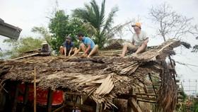 Xóm ốc đảo sông Trà Bồng khắc phục sau lũ
