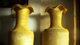 Quảng Ngãi:Độc đáo lục bình cao 1,86m bằng được kết từ hơn 10 triệu khoen lon