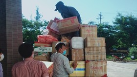 Đảo Lý Sơn gửi 3,5 tấn nhu yếu phẩm tiếp sức TPHCM chống dịch