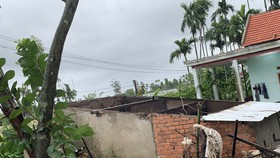 Quảng Ngãi: Lốc xoáy tốc mái, hư hỏng khoảng 48 nhà dân
