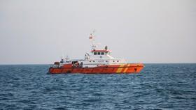 Tàu SAR 272 cứu nạn trên biển