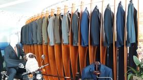 LPTEX phân phối độc quyền vải len chải kỹ vào thị trường Nhật Bản