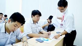 Cần phương cách kiểm soát việc tuyển vượt chỉ tiêu