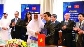 Công ty CP Tập đoàn Xây dựng Hòa Bình ký kết liên doanh làm tổng thầu các dự án của Chính phủ Kuwait