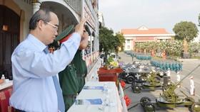 Bí thư Thành ủy TPHCM Nguyễn Thiện Nhân: Xây dựng TPHCM thành khu vực phòng thủ vững chắc
