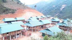   Một khu tái định cư được xây dựng sau đợt mưa lũ lịch sử cuối tháng 8 đầu tháng 9-2018 tại huyện Mường Lát (Thanh Hóa)