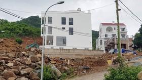 Dự án của Công ty TNHH Tâm Hương đang xây dựng dù đã có lệnh cấm