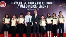 7 học sinh đạt thành tích xuất sắc trong kỳ thi.