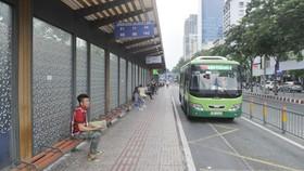 Nhiều giải pháp vực dậy xe buýt