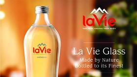 Chai thủy tinh La Vie dễ tái chế