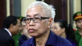 Truy tố thêm tội danh với cựu Tổng Giám đốc Ngân hàng Đông Á Trần Phương Bình