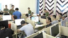 Lực lượng chức năng triệt phá một ổ nhóm tội phạm nước ngoài ở Việt Nam sử dụng công nghệ cao để lừa đảo và cờ bạc