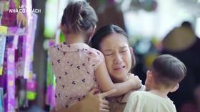 Phim Lật mặt 4 - Nhà có khách có sử dụng bài hát Gánh mẹ đang tranh chấp bản quyền