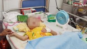 Cứu sống bé trai bệnh tim bẩm sinh bị nhồi máu não