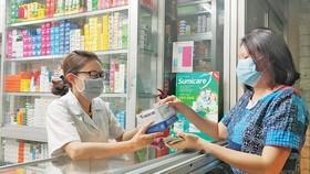 Thận trọng khi mua sản phẩm bảo hộ y tế qua mạng