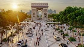 Pháp xanh hóa đại lộ Champs-Élysées