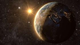 Không nên lo lắng việc Trái đất quay nhanh