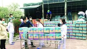 Sữa Cô Gái Hà Lan và Yomost tặng Quảng Ninh nguồn dinh dưỡng yêu thương