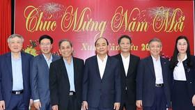 Thủ tướng Nguyễn Xuân Phúc và các đại biểu dự buổi chúc Tết tại Đà Nẵng. Ảnh: TTXVN