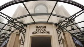 3 doanh nghiệp đầu tiên đăng ký chuyển giao dịch cổ phiếu