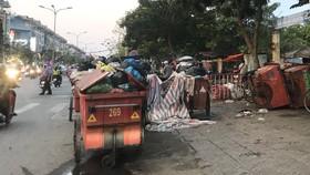 Xe tập kết rác gây ô nhiễm