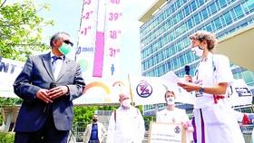 """Không có """"vaccine"""" chống biến đổi khí hậu"""