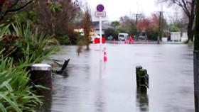 Lũ lụt ở Canterbury, New Zealand. Ảnh cắt từ clip của REUTERS