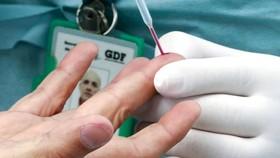 Tiết kiệm vaccine Covid-19... kiểu Pháp