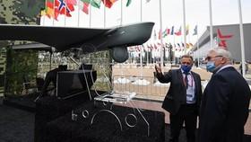 Khách nước ngoài tại Diễn đàn quân sự Army 2020. Ảnh: Sputnik