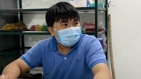 Đối tượng Nguyễn Văn Hải khai báo tại cơ quan công an. Ảnh: TTXVN