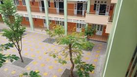 Trường học nơi xảy ra vụ nữ sinh lớp 7 nhảy lầu