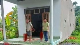 Đối tượng Bảo cùng bố cố thủ trong nhà