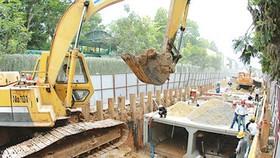 Lắp đặt cống thoát nước chống ngập tại quận 11