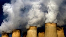 Nồng độ CO2 trung bình trên toàn cầu tăng đến 403,3 ppm trong năm 2016, từ 400 ppm của năm 2015, do sự kết hợp các hoạt động của con người và hiện tượng El Nino mạnh. Ảnh: PA