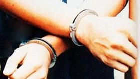 Tạm giam trung úy cảnh sát bị bắt quả tang nhận hối lộ hàng chục triệu đồng