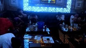 Bắt quả tang 41 nam nữ sử dụng ma túy tại quán karaoke