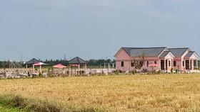 Công trình xây dựng không đúng quy định của Công ty TNHH Phát triển đầu tư Kim Loan Quê Tôi. Ảnh: TUẤN QUANG